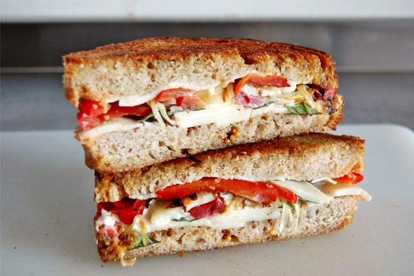 sandwich-de-queso-y-pimientos